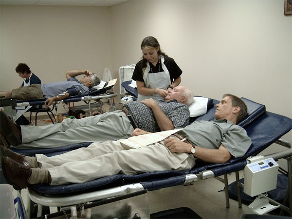 St. Luke Hosts Blood Drive.