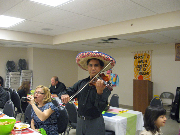 Scene from Cinco De Mayo Fundraiser For Project Mexico.