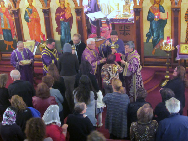 Scene From St. Lukes Hosts Combined Presanctified Liturgy.